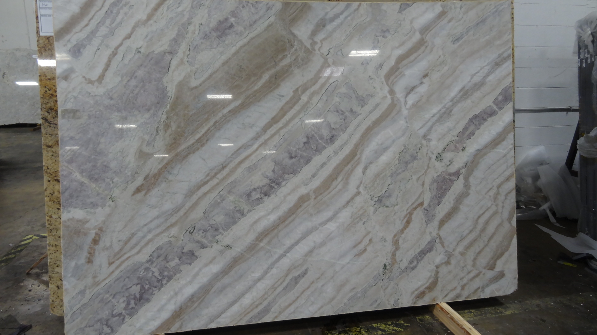 Corteccia 3cm Quartzite Slabs Amp Countertops In Chicago Il